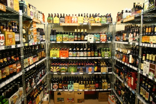 Tasty-Beverage-Shelf-par-stock-bar-stok