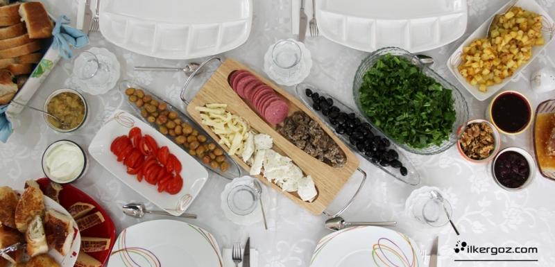 kahvaltı-masası